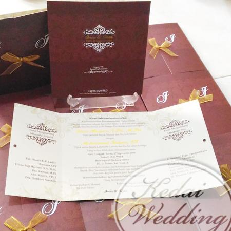 undangan-pernikahan-sederhana-dan-murah