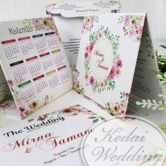 undangan pernikahan hardcover dengan kalender