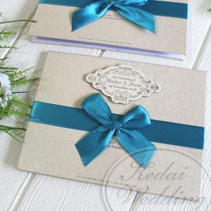undangan pernikahan hardcover cantik dengan pita