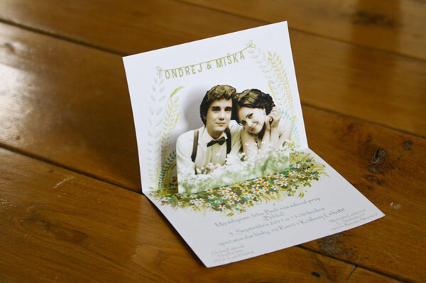 undangan pernikahan unik pop up