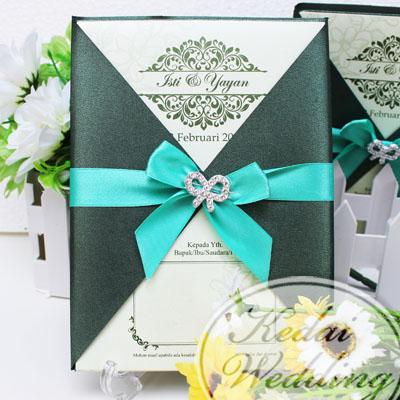 undangan-pernikahan-semi-hardcover