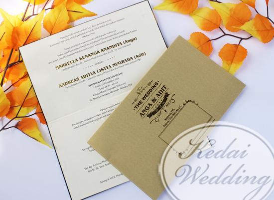 undangan-pernikahan-warna-hitam