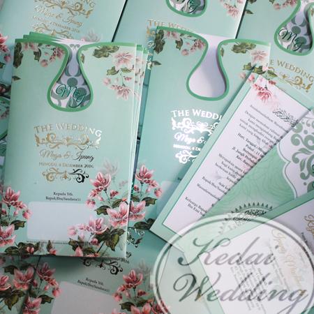 undangan-pernikahan-softcover-bunga-bunga